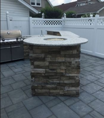 Outdoor Kitchen by KTE Construction LLC
